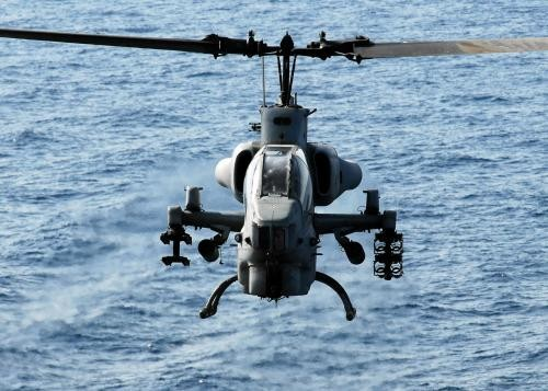 Bell Helicopter Super Cobra AH-1 W
